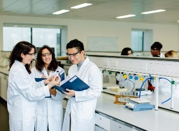 Liverpool International College students in a science lab