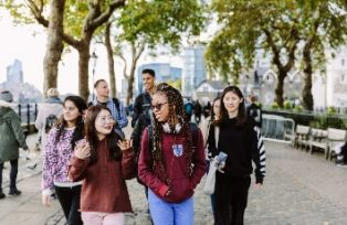 students going for a walk in London